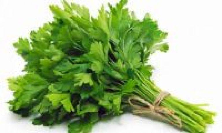 بهترین خواص سبزی جعفری برای بدن